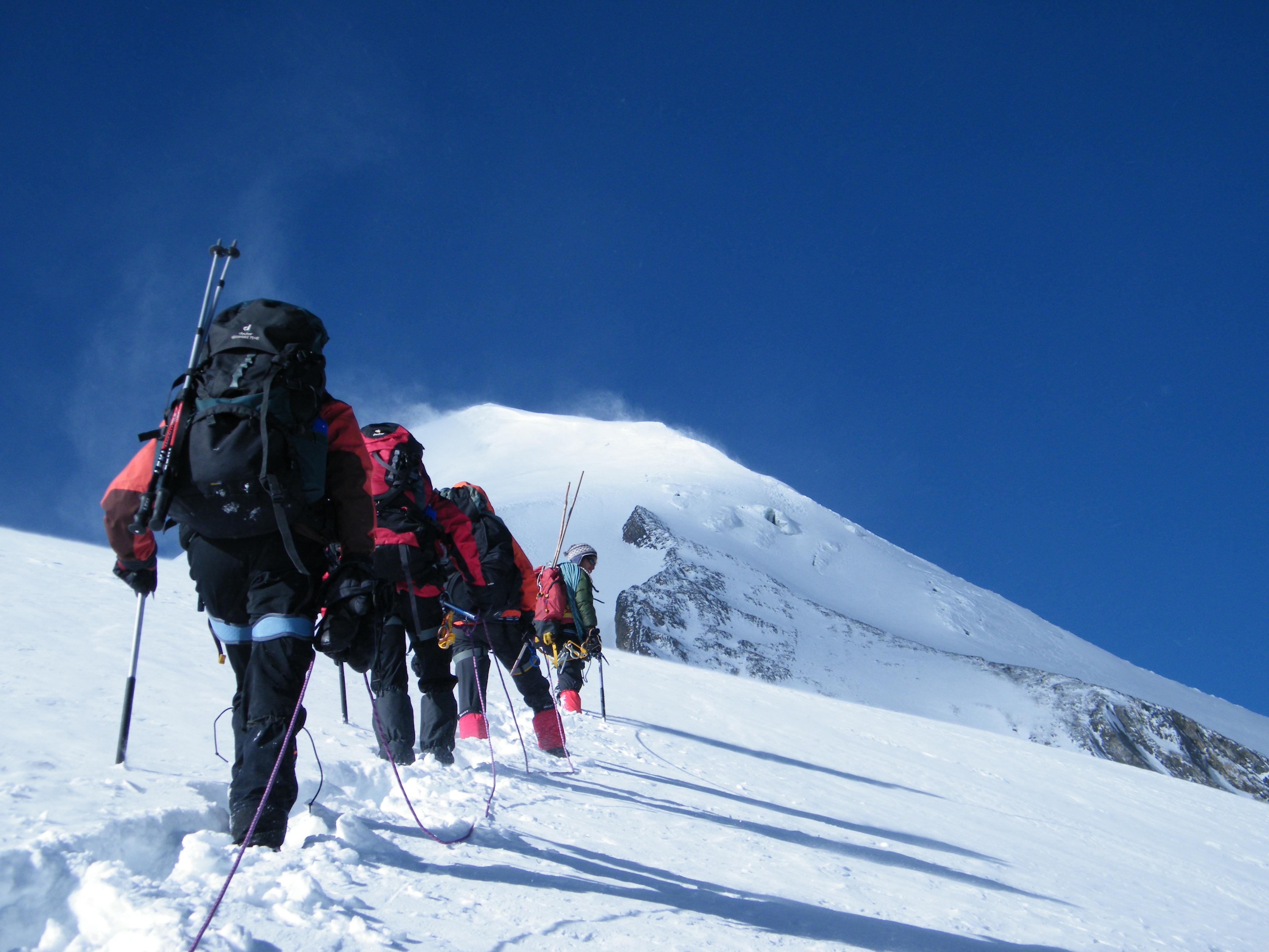 ski-alpinisme-montagne- neige-hiver-millet